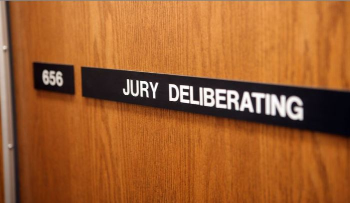 jurydeliberating